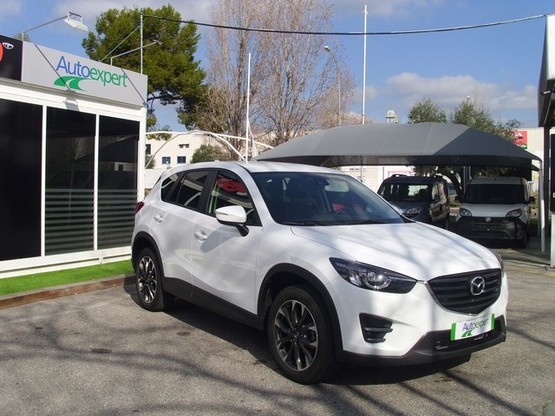 Mazda CX-5 2.2 DE 4WD AT Luxury + Prem. (CB)