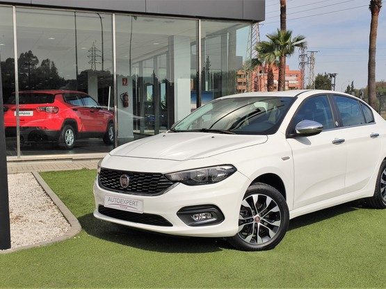 Fiat Tipo Sedan 1.3 Multijet 70kW (95CV) Mirror